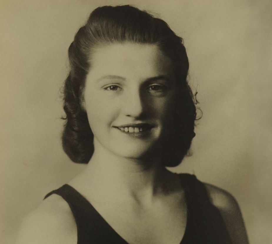 Nancy Riach (1927 - 1947), around 1944