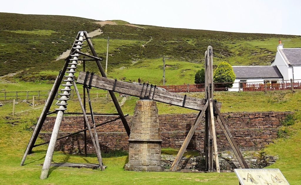 This beam engine at Wanlockhead used water power to drain a lead mine. Copyright: Rosser1954 published under a Creative Commons licence.