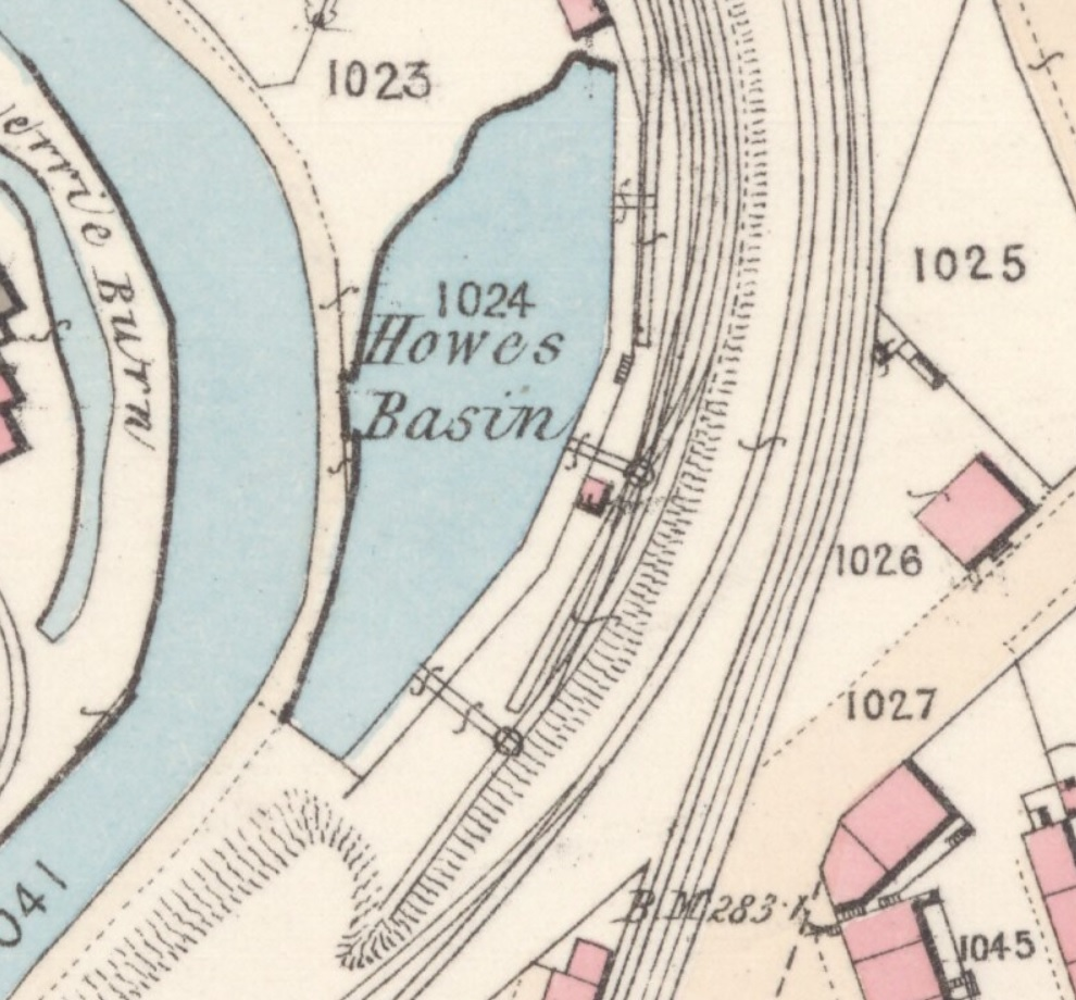 This detail from the 1858 map shows the railway sidings leading to the three coal drops. The southernmost two have turntables for turning the coal-laden wagons 90 degrees.