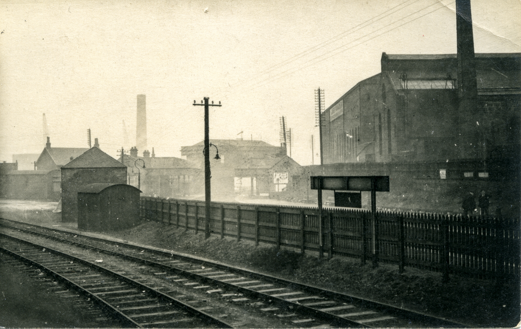 A rare picture postcard view of Coatbridge Sunnyside Station from around 1900. The Sunnyside Engine Works are on the right. The chimney in the distance belongs to the Summerlee Iron Works.