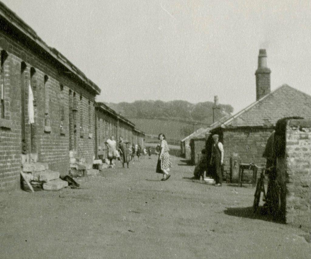 Croy Row, 1933